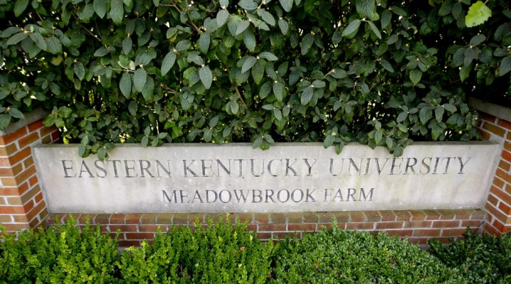 Entrance sign to Meadowbrook Farm